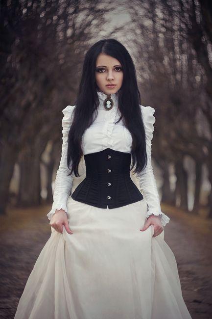 31 Striking Halloween Wedding Dresses | Victorian wedding dress .