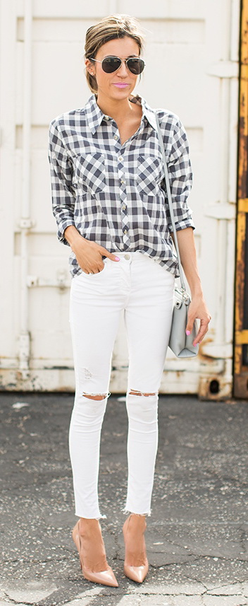 What To Wear With White Jeans Right Now 2020 | FashionGum.c