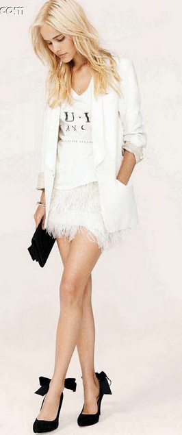 Bebe white ostrich feather skirt. 2012 | Feather skirt outfit .