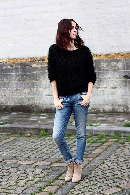 Fluffy Sweaters For Women Outfit Guide 2020 – WardrobeFocus.c
