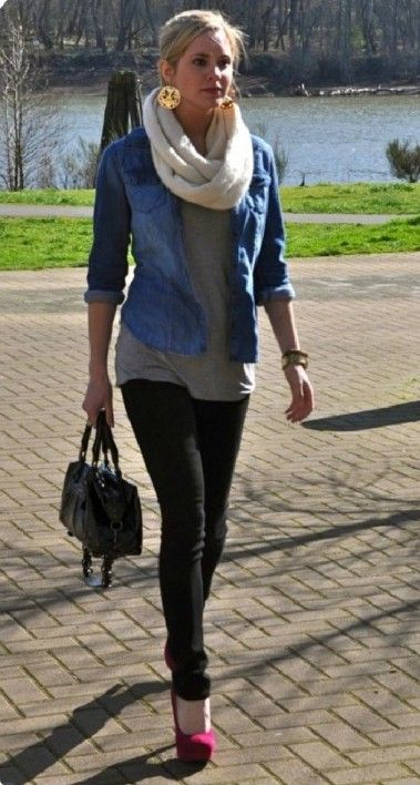 cute outfit. love the chunky white scarf (With images) | Fashion .