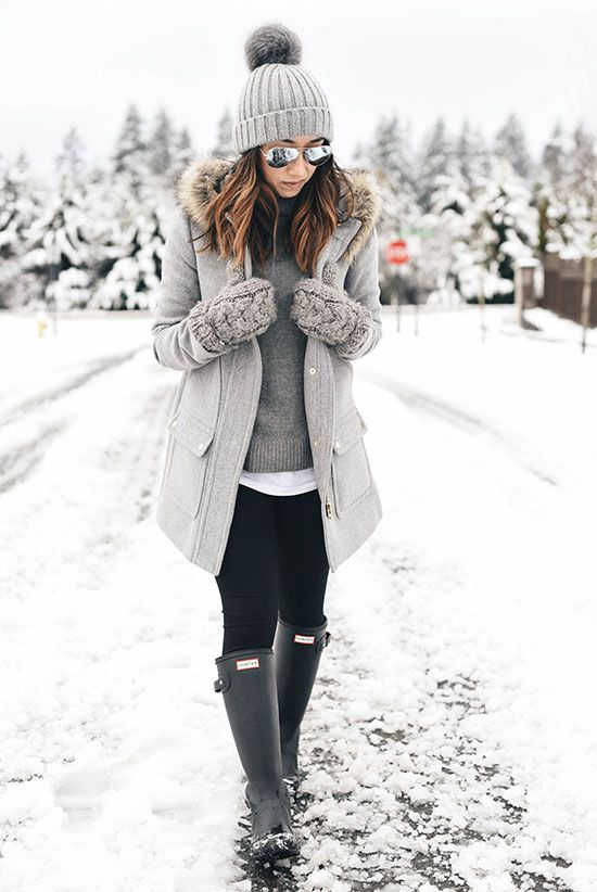 5 Stylish Snow Outfit Ideas | Casual winter outfits, Snow day .