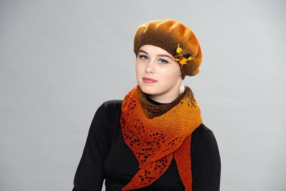 Ideas for mothers birthday Wool beret and shawl Womens beret | Et