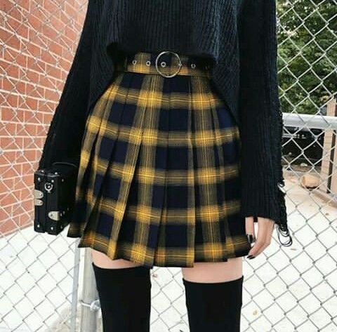 ❁ ❁ Pinterest: @maevey_wavy❁ ❁ | Edgy outfits, Korean fashion .