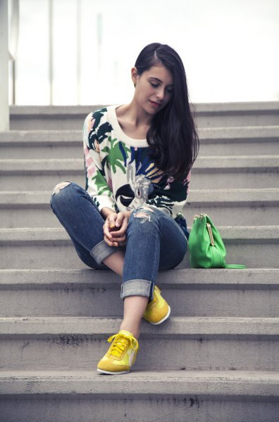 How to Wear Yellow Sneakers: 15 Sporty Outfit Ideas for Women .