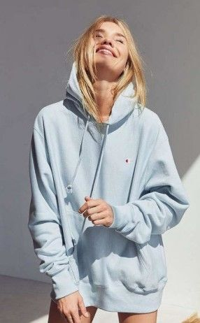 22 Casual Oversized Hoodie Ideas For Women (With images) | Hoodie .